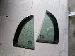 Стекло двери форточка Opel Vectra C седан 24450181 24450180