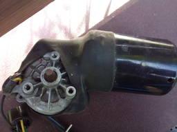 Стеклоочистителя мотор