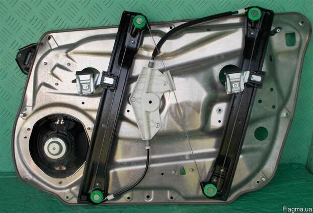Стеклоподъемник стекла двери Mercedes W212 Е 09-14 б\у