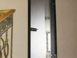 Стеклянная дверь со скрытым крепежом