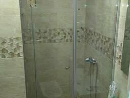 Стеклянная мебель для ванной, душевые и шторки из стекла