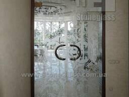 Стеклянные двери от производителя StoneGlass