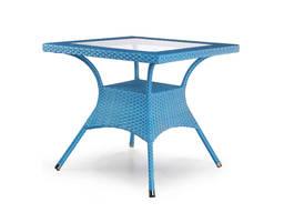 Стол 800х800х750 ротанг синий, столешница стекло.