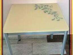 Стол со стеклянной столешницей б/у столы в идеальном состоян