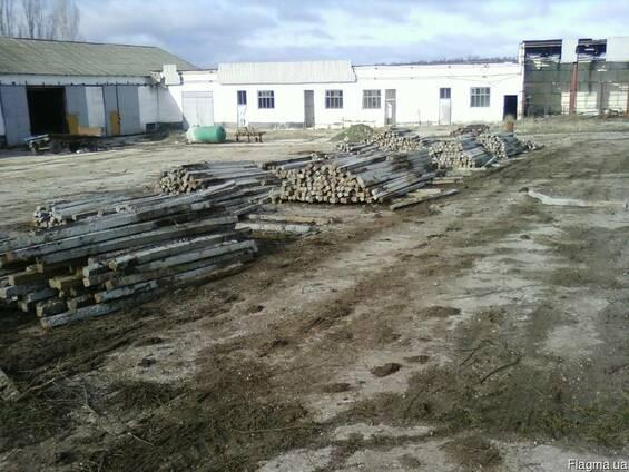 Столбики бетонные б/у высота 2,2м и 2,4м оптом