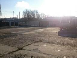Стоянка легковых и грузовых автомобилей. Парковка