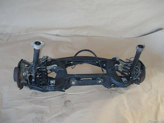 Стойка амортизатор пружина ступица Mercedes W204