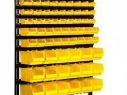 Стойка для крепежа с пластиковыми ящиками в Сумах