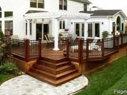 Строительство деревянной террасы с ограждениями( перилами)
