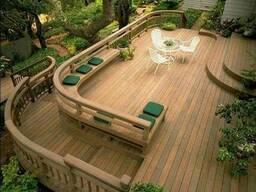 Строительство открытых террас с деревянными ограждениями