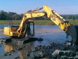 Строительство озера. Углубление дна. Чистка камыша. Водоем.