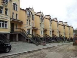 Строительство таунхаусов «под ключ» в Киеве и Киевской облас