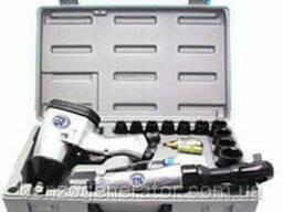 Sumake ST-5500 Набор пневмоинструмента: гайковерт ST-5540. ..