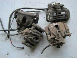 Суппорт на Mercedes Sprinter, Vito, Volkswagen LT, T4