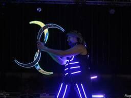 Светодиодное, световое, led, неоновое шоу в Киеве