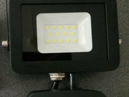 Светодиодный прожектор с датчиком движения, 20 Вт