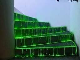 Светящаяся краска для бетонных поверхностей.