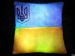 Светящаяся Подушка Украина - подарок герою Украины, солдату