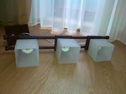 Світильник на три лампи