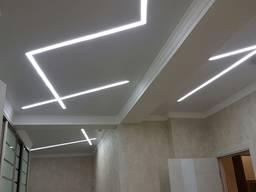 Світлові лінії на натяжній стелі/ Натяжные потолки