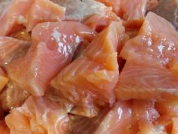 Сёмга слабосоленая филе -кусок без шкуры и костей 500 г