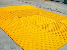 Тактильна плитка попереджувальна 300х300х3 мм