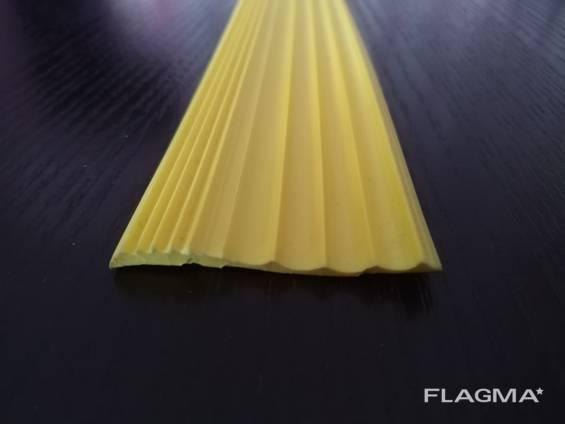 Лента резиновая противоскользящая 50х5мм (Желтая)