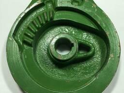 Тарелка привода аппарата пресс-подборщика John Deere