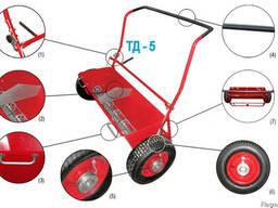 Тележка-дозатор ТД-5 для распределения топпинга, песка