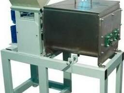 Тестомесильно-взбивальная машина ТВМ-70