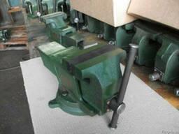 Тиски слесарные от 125 до 200 мм, с поворотной плитой.
