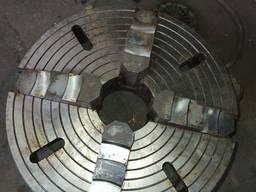 Токарний патрон діаметр 400
