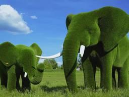 Изготовление каркасных скульптур из искусственного газона