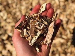 Топливная щепа твердых пород (дуб, акация, ясень)