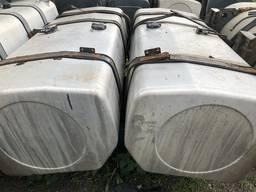 Топливный бак б/у алюминиевый 735 литров - фото 1