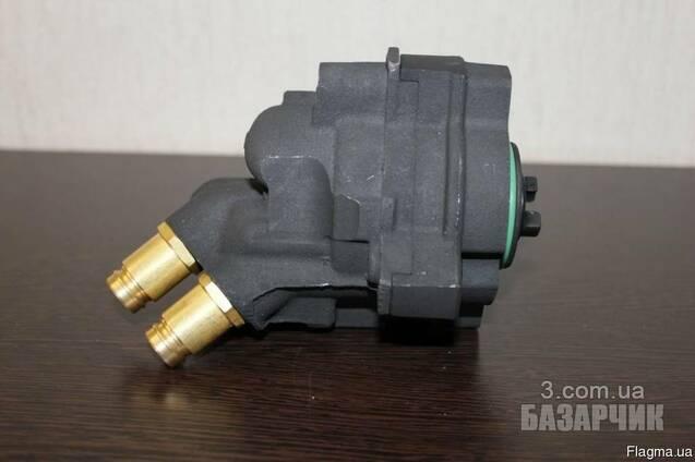 Топливный насос низкого давления Scania 1518142