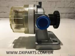 Топливный насос ручной подкачки с фильтром на Рено Премиум