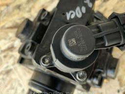Топливный насос высокого давления (ТНВД) Renault Trafic Opel Vivaro 2. 0 dci 07-15р. .. .