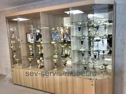 Торговое оборудование , витрины из стекла, алюм. профиля