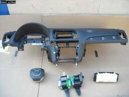 Торпеда панель приборов Audi (ауди) Q5 2008-2012 б\у