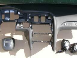 Торпеда (панель приборов передняя) Audi A6 C6 04-11 б\у