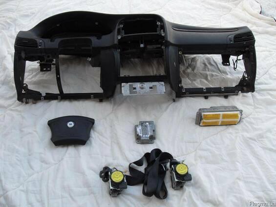 Торпеда подушки безопасности ремни б/у Lancia Lybra 99-05