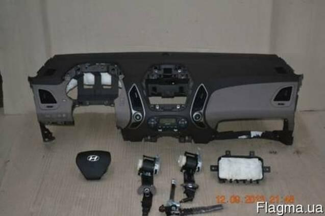 Торпедо панель приборов передняя Hyundai ix35 2012-2014 б\у