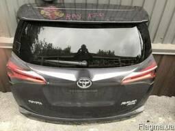 Toyota RAV4 17г. Крышка багажника в сборе