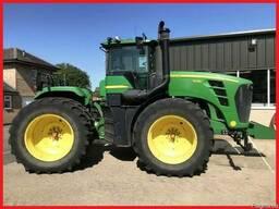 Трактор John Deere 9330