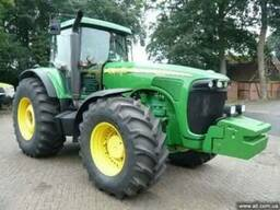 Трактор John Deere8410