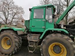 Трактор колісний ХТА-200-04