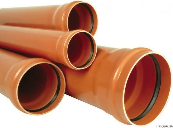 Труба канализационная наружная 110 6м SN4 от производителя.