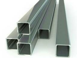 Труба профильная 120х120х3 квадратная стальная.