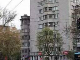 Трёхкомнатная квартира в центре Киева.